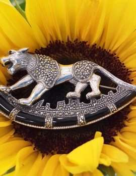Sterling Silver and marcasite brooch - Jaguar