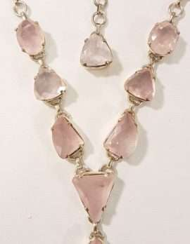 rose-quartz and gold pendant necklace