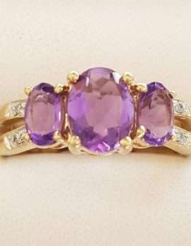 9ct Gold Amethyst and Diamond Ring - Bridge Set