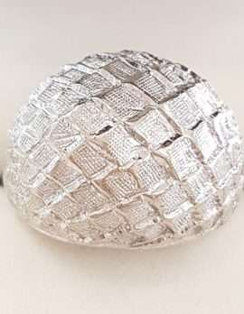 18ct White Gold Bulky Ring