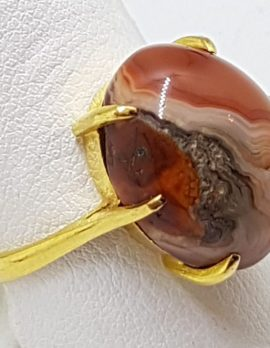 18ct Gold Large Oval Agate Ring