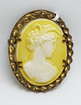 Gold Plated Yellow Oval Cameo Brooch