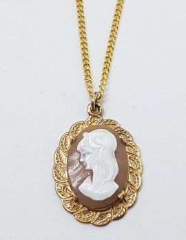 9ct Yellow Gold Ornate Oval Lady Head Cameo Pendant on Gold Chain