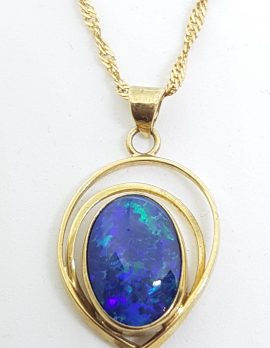 9ct Yellow Gold Oval Blue Opal Twist Pendant on Gold Chain