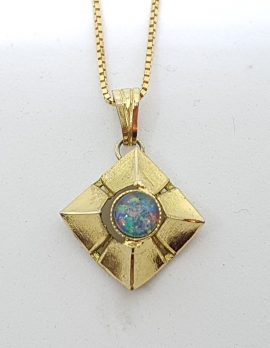 9ct Yellow Gold Opal Pendant on Gold Chain