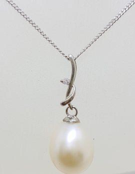 9ct White Gold Pearl & Diamond Delicate Twist Pendant on Gold Chain