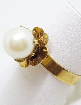 9ct Yellow Gold Pearl Flower Ring