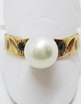 9ct Yellow Gold Pearl & Sapphire Patterned Ring