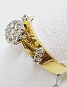 18ct Yellow Gold & Platinum Solitaire Diamond High Set Ornate Cluster Ring