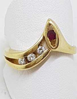 9ct Yellow Gold Natural Ruby & Diamond Unusual Curved Wishbone Ring
