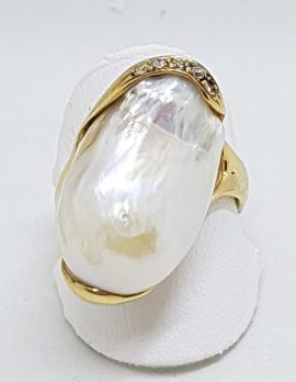 14ct Yellow Gold Large Baroque Pearl with Diamond & Sapphire Ring – Handmade