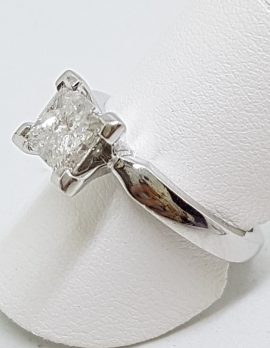 18ct White Gold 1.03ct Princess Cut Diamond Engagement Ring – Claw Set