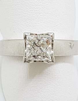 Platinum 1ct Princess Cut Diamond Engagement Ring – Claw Set