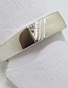 9ct White Gold Diamond Gents Rectangular Signet Ring