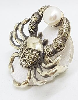 Sterling Silver Very Large Marcasite & Pearl Crab Ring
