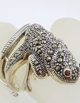 Sterling Silver Marcasite and Garnet Large Lizard/Gecko Ring