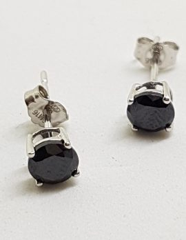 9ct White Gold Round Black Cubic Zirconia Stud Earrings