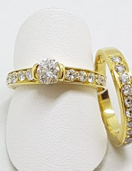 18ct Yellow Gold Diamond Engagement Ring with Matching Wedding Band Set