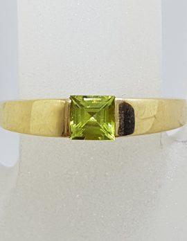 9ct Yellow Gold Square Peridot Band Ring