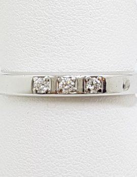 18ct White Gold 3 Diamond Wedding Band Ring