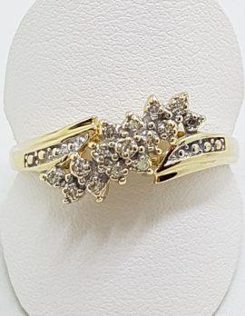9ct Yellow Gold Diamond Cluster Ring