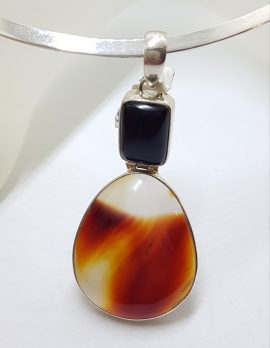 Sterling Silver Agate and Onyx Pendant on Silver Choker Chain / Necklace
