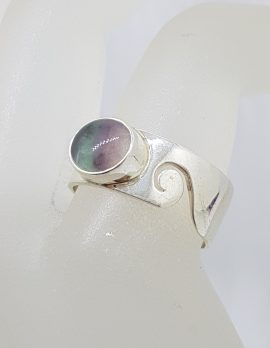 Sterling Silver Oval Fluorite Wide Wave Pattern Band Ring - Ladies / Gents