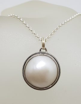 Sterling Silver Round Mabe Pearl Pendant on Silver Chain