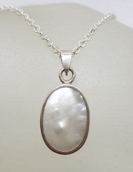 Sterling Silver Oval Mother of Pearl Pendant on Silver Chain