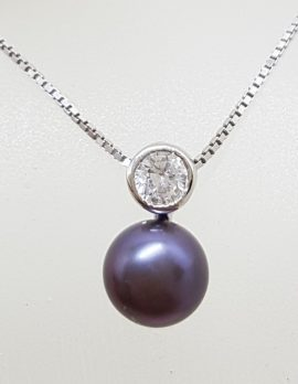 Sterling Silver Black / Blue Pearl with Cubic Zirconia Pendant on Silver Chain