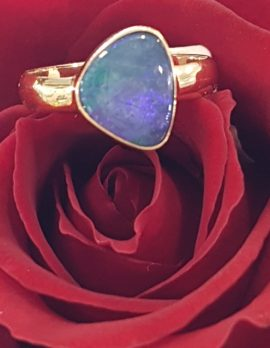 9ct Gold Opal Ring *SOLD*