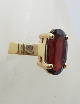 9ct Yellow Gold Oval Claw Set Elongated Garnet Ring