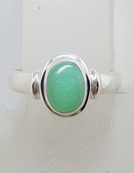 Sterling Silver Oval Bezel Set with Rim Chrysoprase / Australian Jade Ring