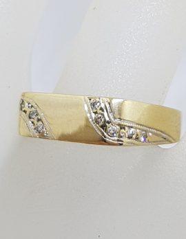 9ct Yellow Gold Diamond Gents Signet Rectangular Band Ring