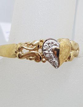 9ct Yellow Gold Diamond Heart Ornate Signet Ring