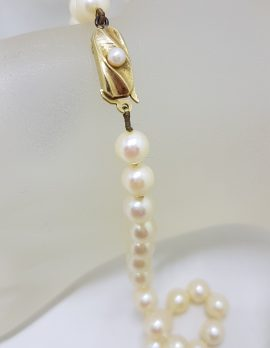 9ct Yellow Gold Clasped Vintage Cultured Pearl Necklace