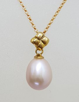 9ct Yellow Gold Pink Pearl Pendant on Gold Chain
