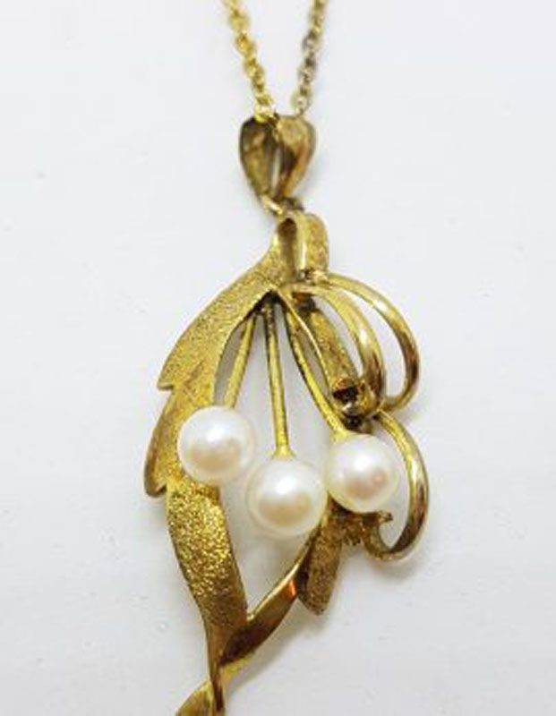 Plated Pearl Cluster Pendant on Chain - Antique / Vintage