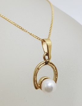 9ct Yellow Gold Pearl Horseshoe Pendant on Gold Chain