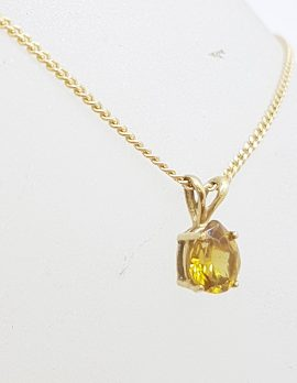 9ct Yellow Gold Teardrop / Pear Shape Claw Set Citrine Pendant on Gold Chain
