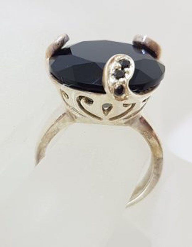 Sterling Silver Large Round Black Onyx Ornate Claw Set Ring