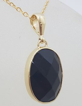 9ct Yellow Gold Oval Faceted Onyx Bezel Set Pendant on Gold Chain